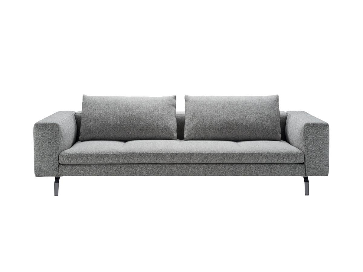 Buy The Zanotta 1335 Bruce Three Seater Sofa At Nest Co Uk