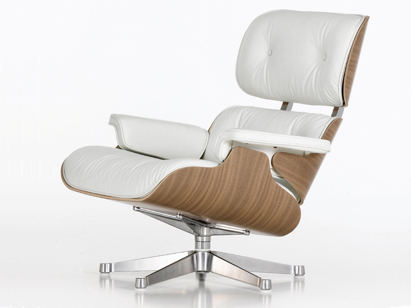 Eames Lounge Stoel : Buy the vitra eames lounge chair ottoman white at nest
