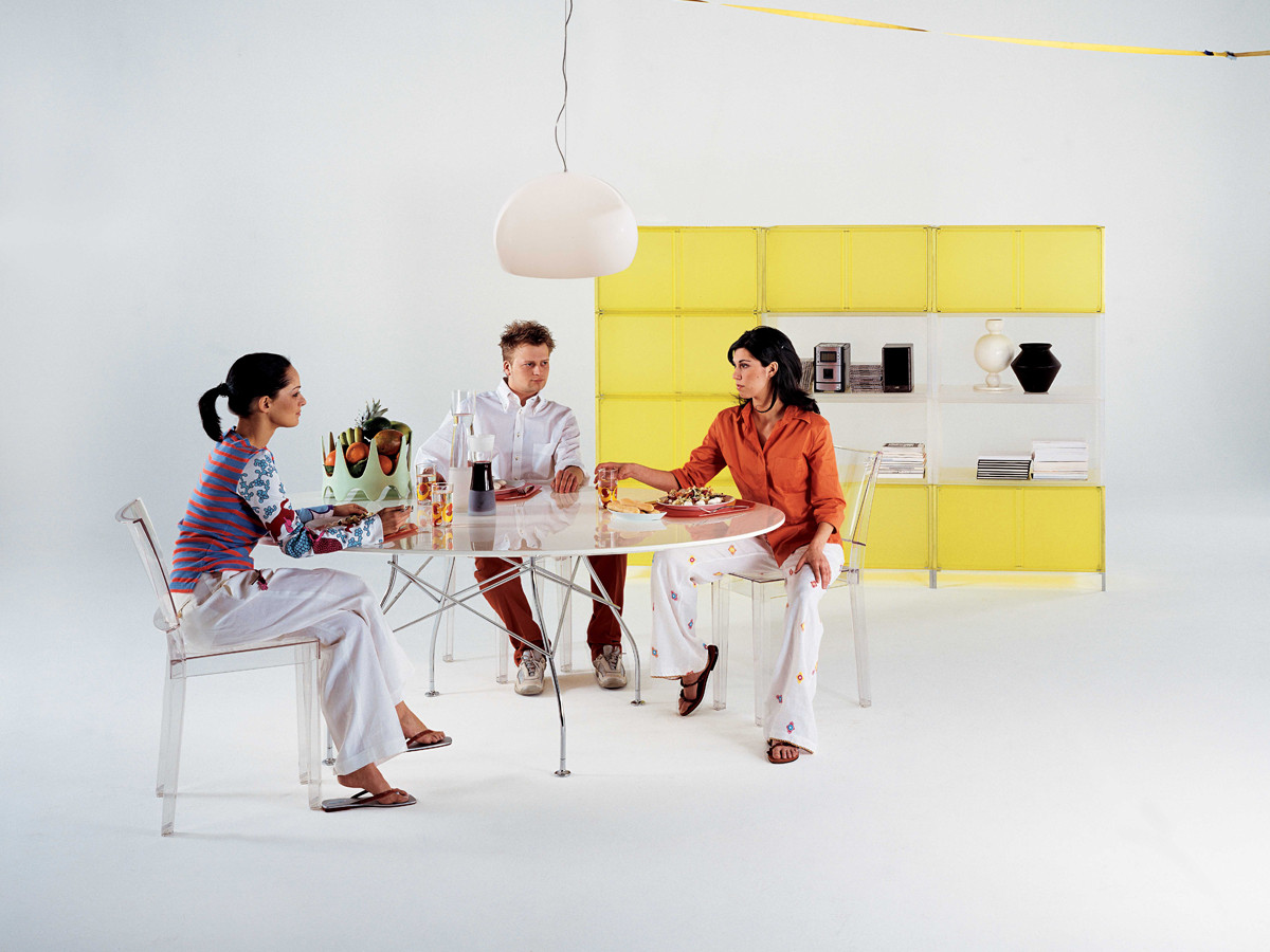 Buy the Kartell Glossy Round Dining Table at Nestcouk