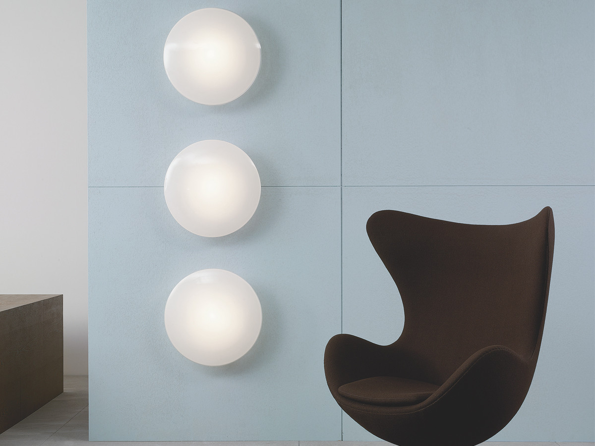 buy the louis poulsen aj eklipta wall light at. Black Bedroom Furniture Sets. Home Design Ideas