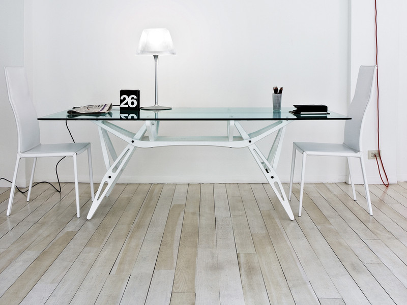 Buy The Zanotta 2320 Reale Dining Table At Nestcouk