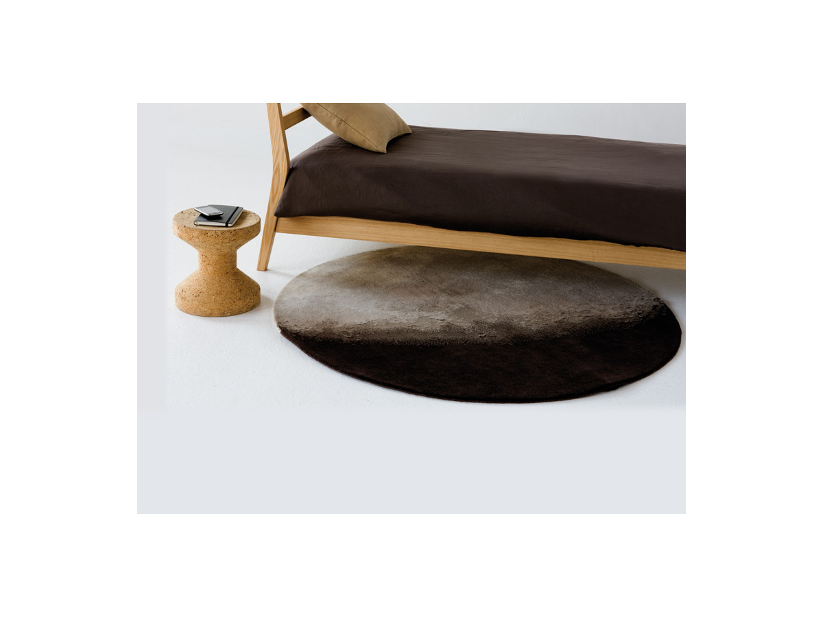 Buy the nanimarquina luna rug at for Nanimarquina outlet