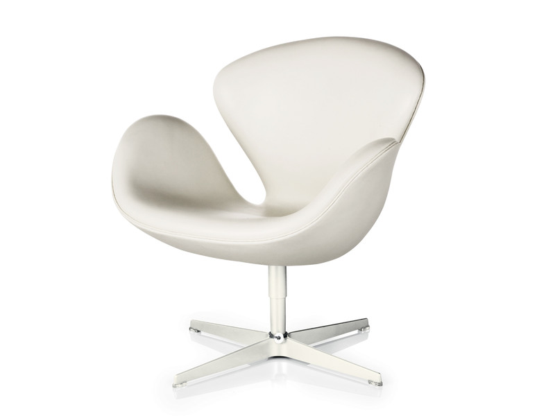 Buy The Fritz Hansen Swan Lounge Chair Leather At Nestcouk