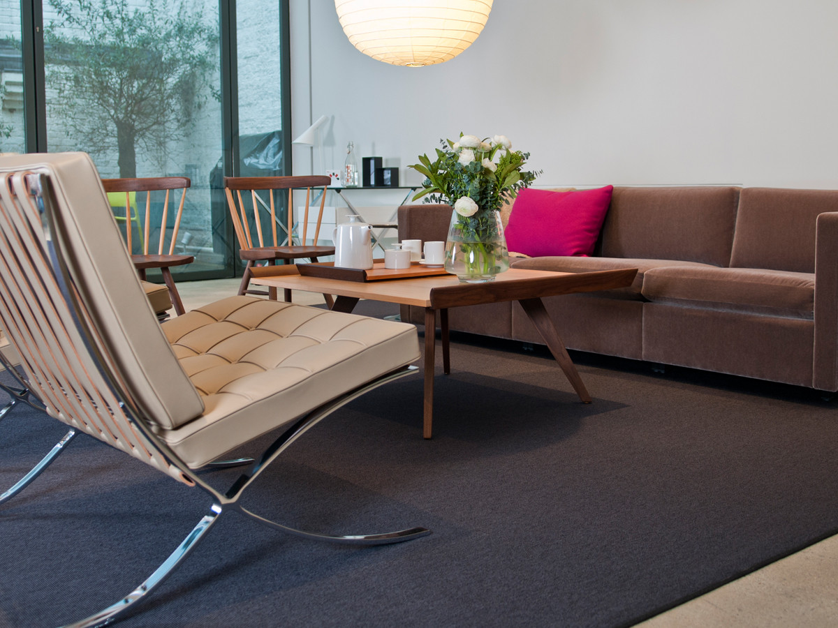 ... Knoll Nakashima Splay Leg Coffee Table