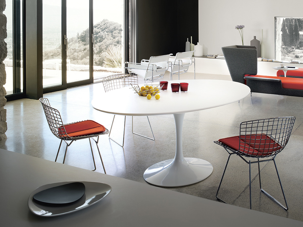 Buy the Knoll Saarinen Tulip Dining Table Oval at Nestcouk : Tulip Dining Table oval Lifestyle White Laminate White Base from www.nest.co.uk size 1200 x 900 jpeg 271kB
