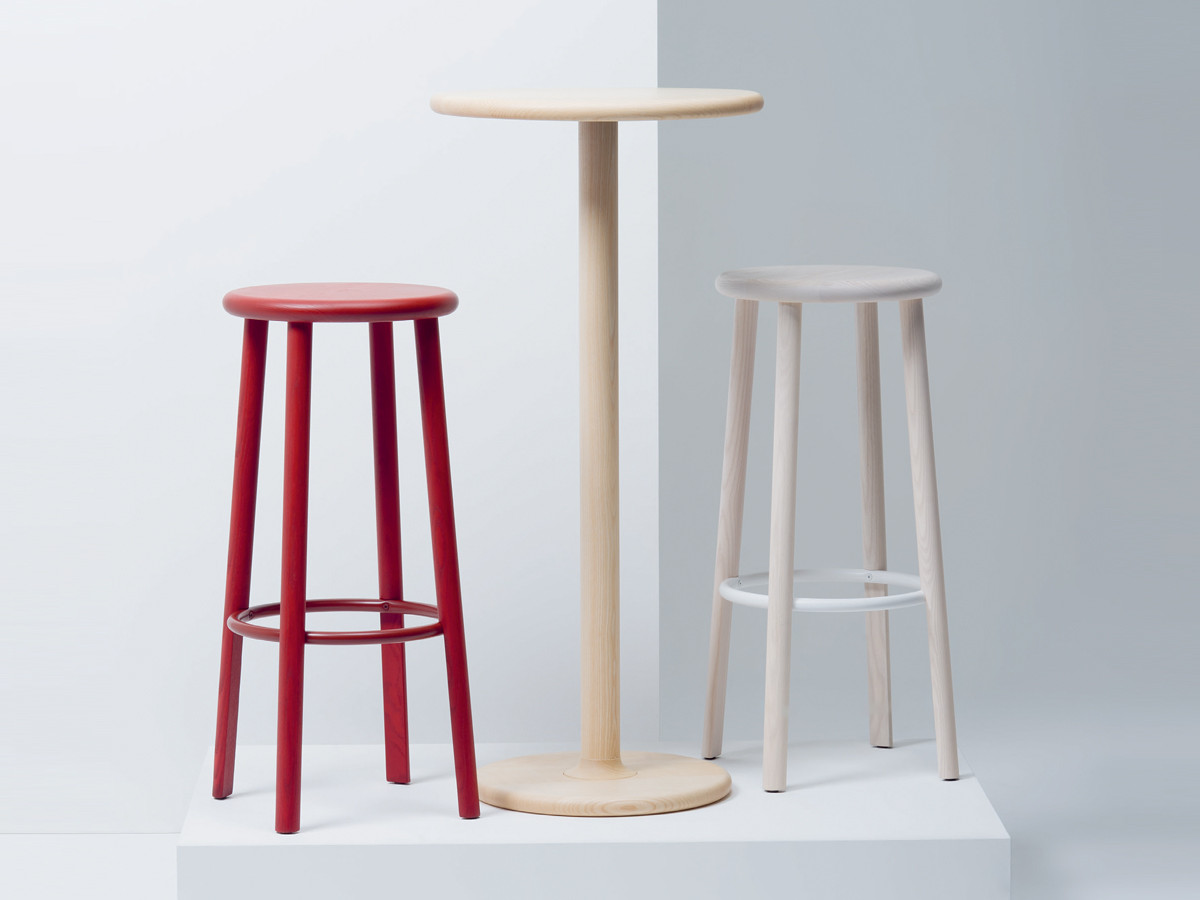 Buy the Mattiazzi Solo Bar Stool at Nestcouk : Mattiazzi Solo Bar Stool in red and white ash from www.nest.co.uk size 1200 x 900 jpeg 93kB